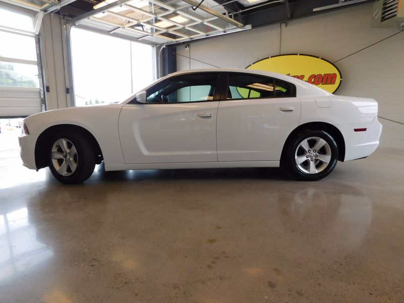 2014 Dodge Charger SE  city TN  Doug Justus Auto Center Inc  in Airport Motor Mile ( Metro Knoxville ), TN