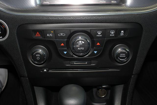 2014 Dodge Charger RT Plus - AWD SPORT PKG - NAVIGATION! Mooresville , NC 35