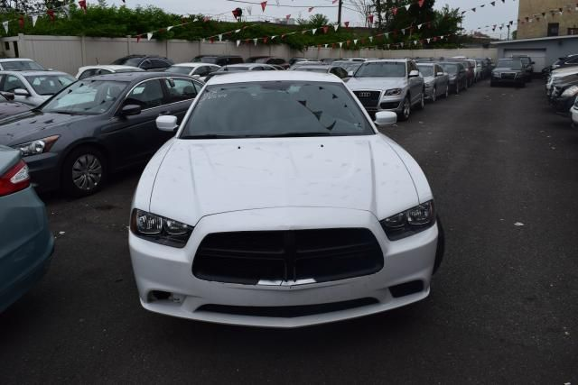 2014 Dodge Charger SE Richmond Hill, New York 2