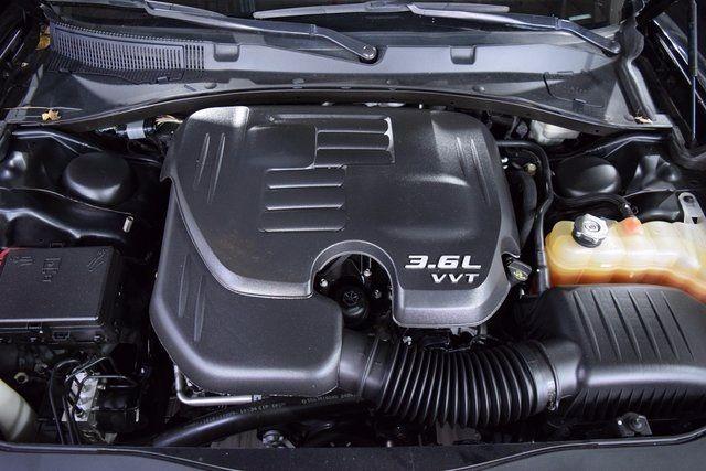2014 Dodge Charger SXT Richmond Hill, New York 4