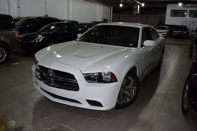 2014 Dodge Charger SE Richmond Hill, New York 1
