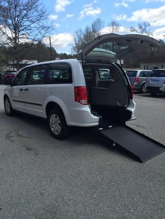 2014 Dodge Grand Caravan handicap wheelchair accessible van Dallas, Georgia
