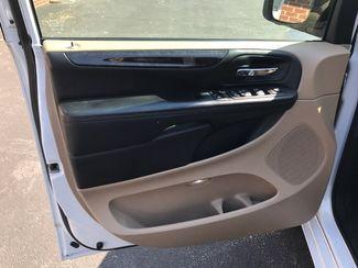 2014 Dodge Grand Caravan SXT handicap wheelchair van Dallas, Georgia 17