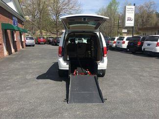 2014 Dodge Grand Caravan SXT handicap wheelchair accessible van Dallas, Georgia 2