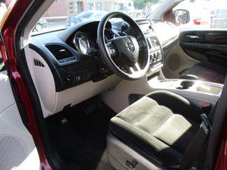 2014 Dodge Grand Caravan SXT Milwaukee, Wisconsin 6
