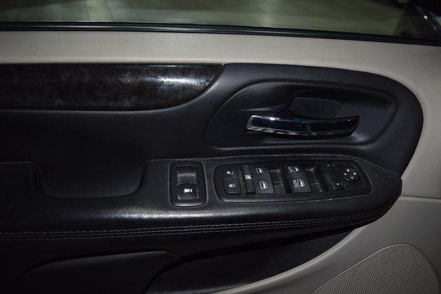 2014 Dodge Grand Caravan SE Richmond Hill, New York 12