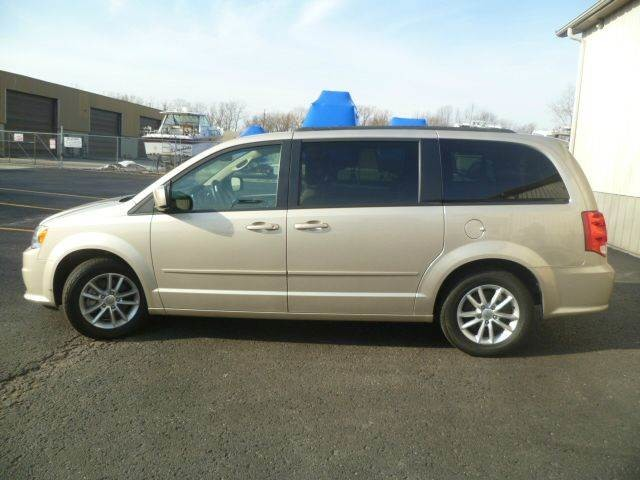 2014 Dodge Grand Caravan SXT Roscoe, Illinois 1