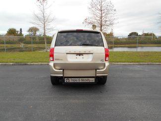 2014 Dodge Grand Caravan Sxt Handicap Van Pinellas Park, Florida 4