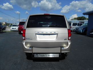 2014 Dodge Grand Caravan Sxt Handicap Van Pinellas Park, Florida 2