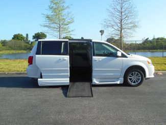 2014 Dodge Grand Caravan Sxt Handicap Van Pinellas Park, Florida