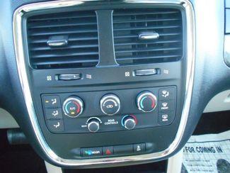 2014 Dodge Grand Caravan Sxt Handicap Van Pinellas Park, Florida 14