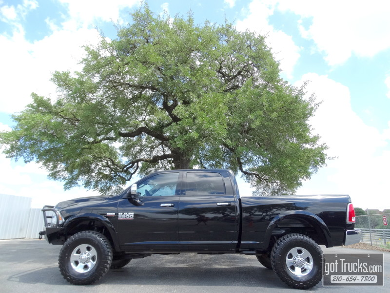 2014 Dodge Ram 2500 Crew Cab Laramie Power Wagon 6.4L Hemi V8 4X4 in San Antonio Texas