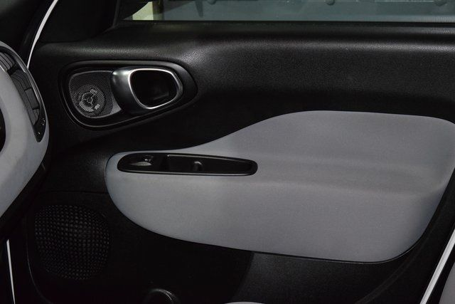 2014 Fiat 500L Easy Richmond Hill, New York 14