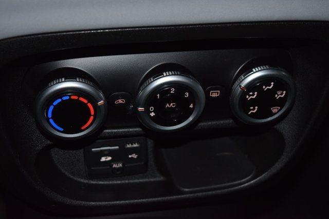 2014 Fiat 500L Easy Richmond Hill, New York 29