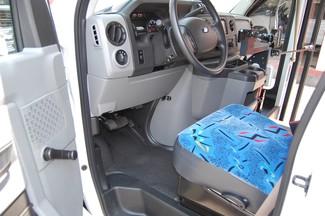 2014 Ford 15 Pass. Mini Bus Charlotte, North Carolina 5