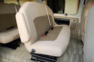 2014 Ford 15 Pass XLT Charlotte, North Carolina 9