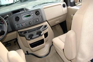 2014 Ford 15 Pass XLT Charlotte, North Carolina 12