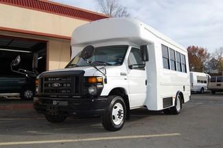 2014 Ford 15 Pass Act. Bus Charlotte, North Carolina