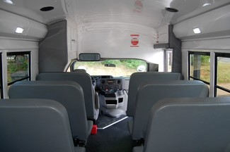 2014 Ford 15 Pass Act. Bus Charlotte, North Carolina 18