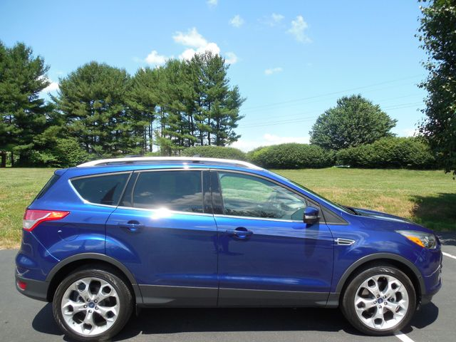 2014 Ford Escape Titanium Leesburg, Virginia 5