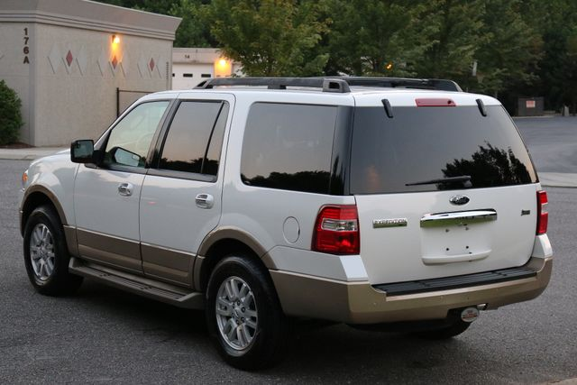 2014 Ford Expedition XLT Mooresville, North Carolina 3
