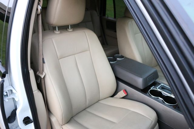 2014 Ford Expedition XLT Mooresville, North Carolina 30