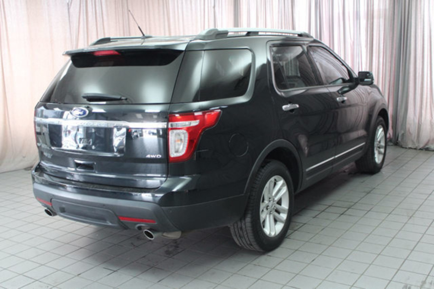 2014 ford explorer xlt city oh north coast auto mall of akron. Black Bedroom Furniture Sets. Home Design Ideas