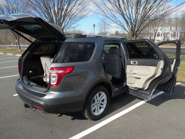 2014 Ford Explorer XLT Leesburg, Virginia 9