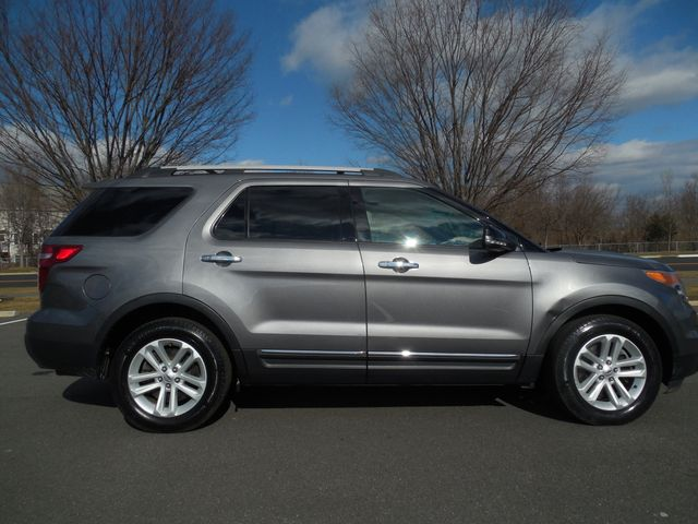 2014 Ford Explorer XLT Leesburg, Virginia 4
