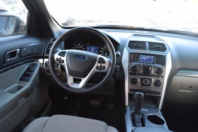 2014 Ford Explorer Base Richmond Hill, New York 15