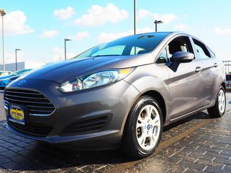 2014 Ford Fiesta SE | Champaign, Illinois | The Auto Mall of Champaign in  Illinois
