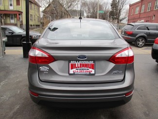 2014 Ford Fiesta SE Milwaukee, Wisconsin 4