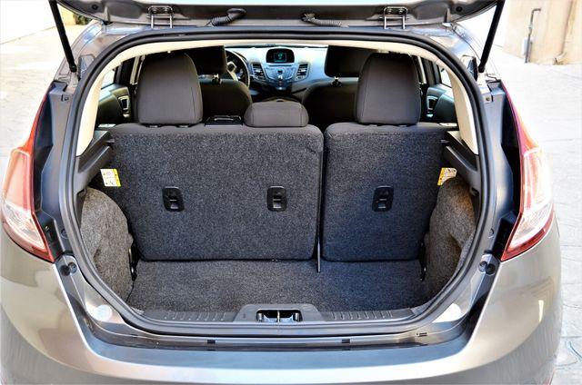 2014 Ford Fiesta SE Reseda, CA 15