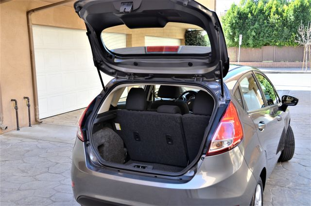 2014 Ford Fiesta SE Reseda, CA 28