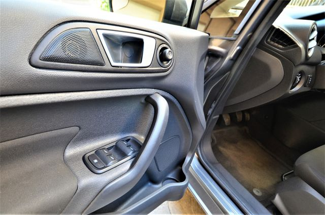 2014 Ford Fiesta SE Reseda, CA 31