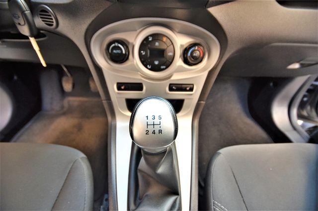 2014 Ford Fiesta SE Reseda, CA 12