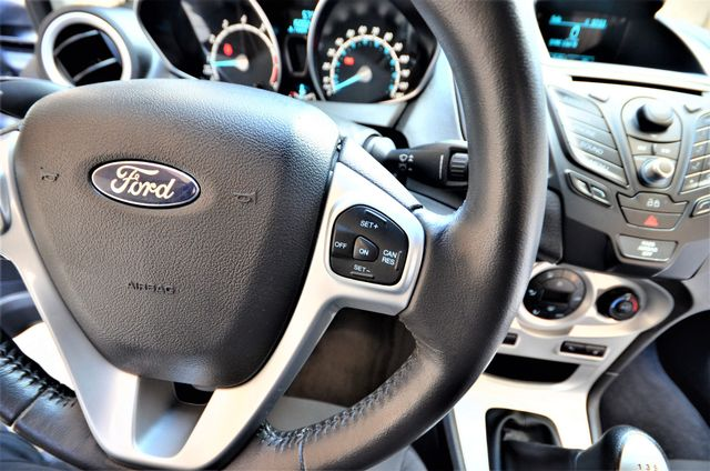 2014 Ford Fiesta SE Reseda, CA 38