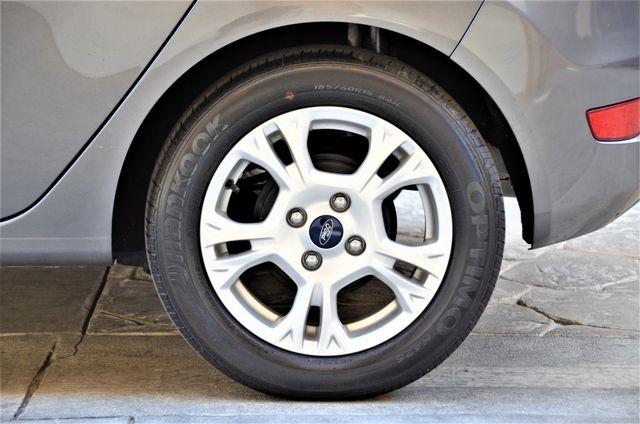 2014 Ford Fiesta SE Reseda, CA 20