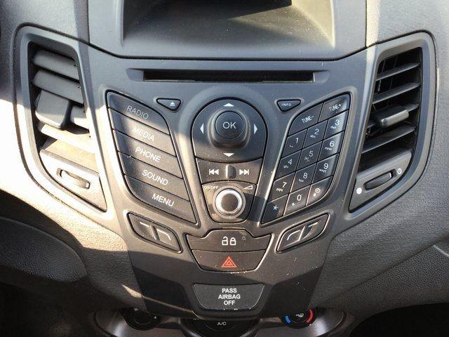 2014 Ford Fiesta S Richmond Hill, New York 26