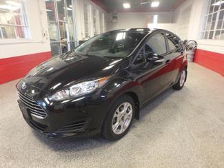 2014 Ford Fiesta Se Low MILES, ONE OWNER FACTORY WARRANTY Saint Louis Park, MN 9
