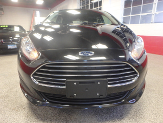 2014 Ford Fiesta Se Low MILES, ONE OWNER FACTORY WARRANTY Saint Louis Park, MN 22