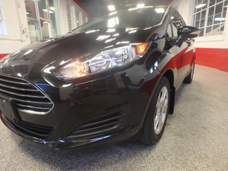 2014 Ford Fiesta Se Low MILES, ONE OWNER FACTORY WARRANTY Saint Louis Park, MN 23