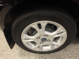 2014 Ford Fiesta Se Low MILES, ONE OWNER FACTORY WARRANTY Saint Louis Park, MN 26