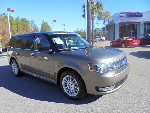 2014 Ford Flex SEL DISCLOSURE Internet pricing is subject to change daily It is a BUY-OUTRIGHT P