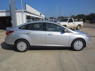 2014 Ford Focus SE Houston, Mississippi 3