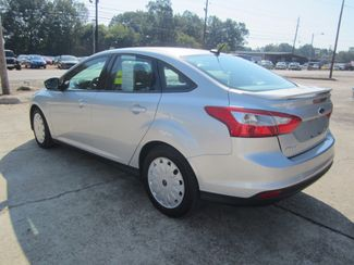 2014 Ford Focus SE Houston, Mississippi 4