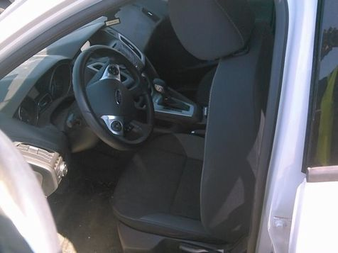 2014 Ford Focus SE | Lewisville, Texas | Castle Hills Motors in Lewisville, Texas
