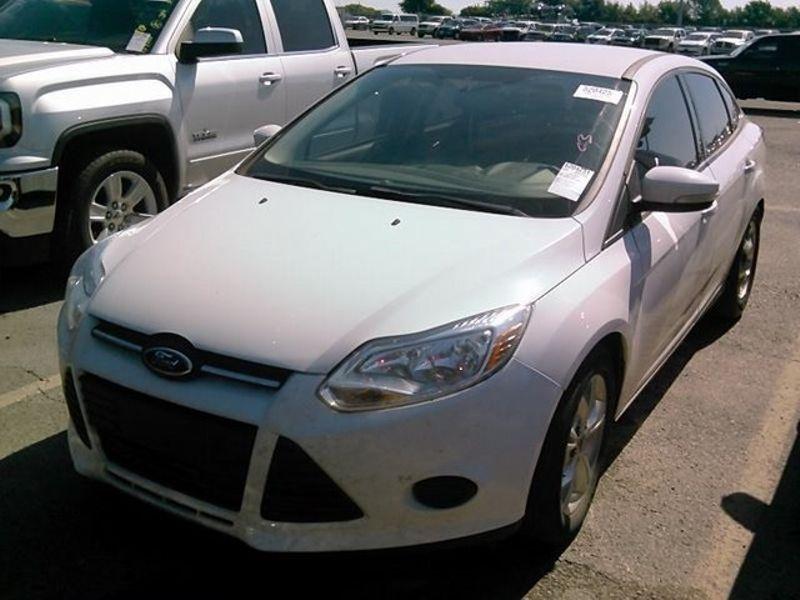 2014 Ford Focus SE | Lewisville, Texas | Castle Hills Motors in Lewisville Texas