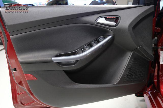 2014 Ford Focus Titanium Merrillville, Indiana 27