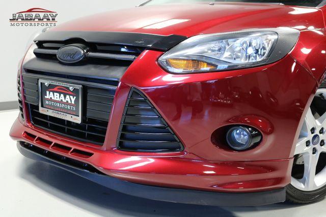 2014 Ford Focus Titanium Merrillville, Indiana 33